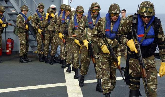 مع اقتراب الانتخابات التشريعية في تونس الجزائر تنشر 3 آلاف جندي اضافي على الحدود لتضييق الخناق على المجموعات الارهابية