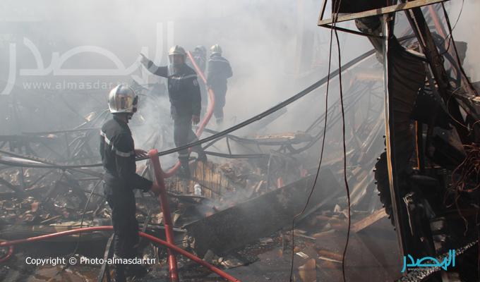 شاهدوا الصور-تونس: حريق ضخم بسوق المنصف باي يلتهم حوالي 40 محلا