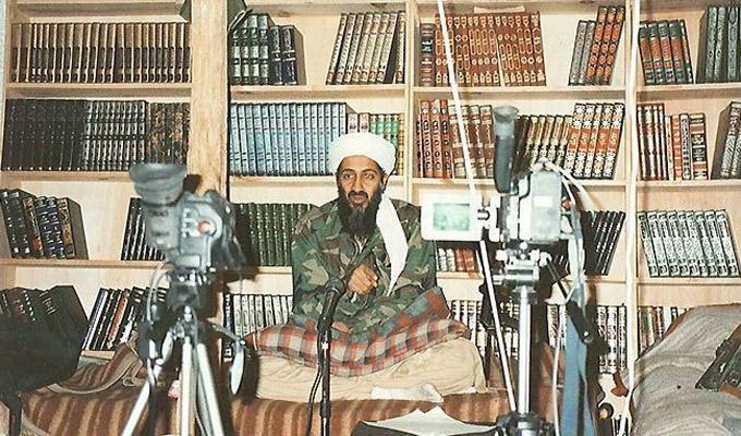 ديلي تليغراف: الرجل الذي أرشد واشنطن إلى قتل بن لادن لاجئ في بريطانيا منذ 35 عاما