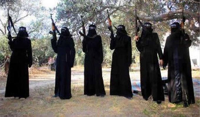 """داعش يغسل أدمغة """"مجاهدات النكاح"""" ليصبحن انتحاريات"""