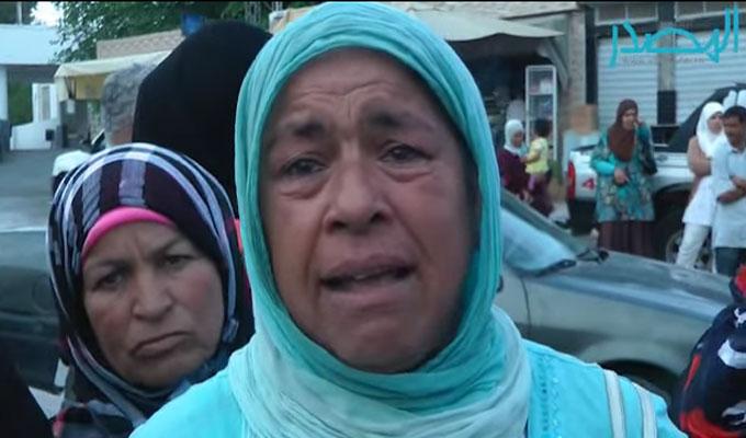 """تونس-شاهدوا الفيديو: غضب واحتقان أمام المستشفيات..ومرضى يصرخون """"قتلتون عرق بعد عرق"""""""