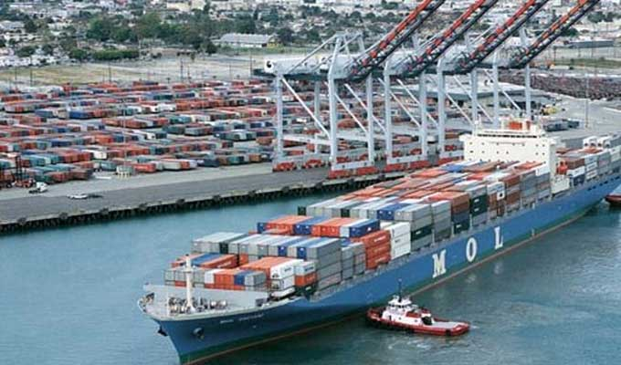 balance-commerce-economie-exportation-importation