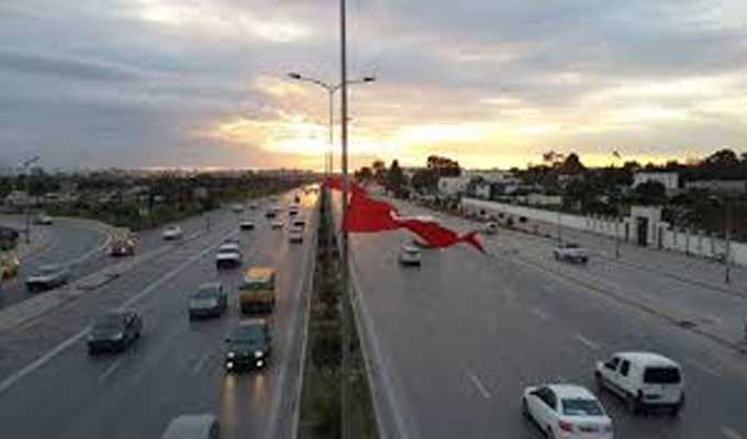 ولاة تونس الكبرى يلغون قرار منع تنقل جميع أنواع العربات نهاية كل أسبوع - سوفاس نيوز