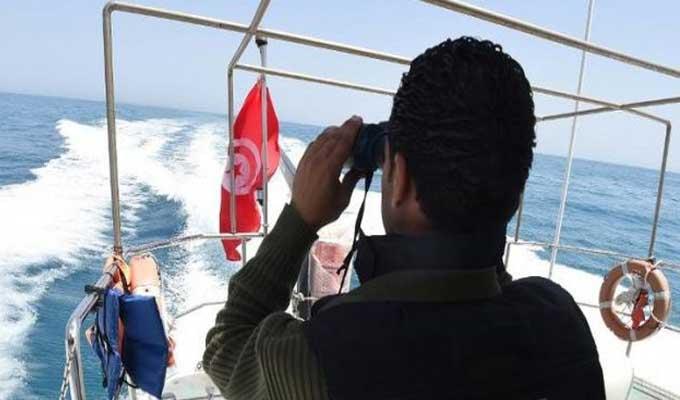 نابل: وحدات الحرس البحري تنقذ 9 مهاجرين غير شرعيين عرض البحر وتواصل البحث عن مفقودين اثنين قبالة شواطئ قليبية - سوفاس نيوز