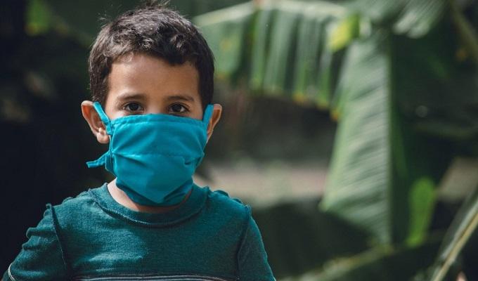 ارتفاع درجات الحرارة لعدة أيام والمعاناة من الإسهال من أبرز الأعراض التي تصيب الأطفال المصابين بالكوفيد 19 - سوفاس نيوز