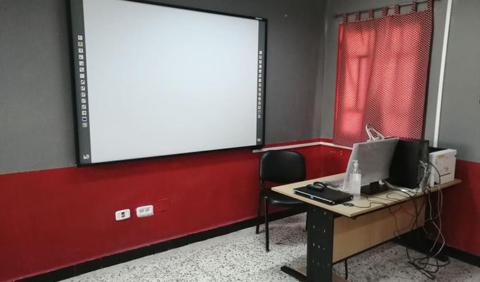 """166013439 814411732765279 5113228165968300432 n - """"البنك العربي لتونس"""" يركز مخبر إعلامية بالمدرسة الإعدادية الحنايا بزغوان في اطار البرنامج الوطني لرقمنة التعليم.."""