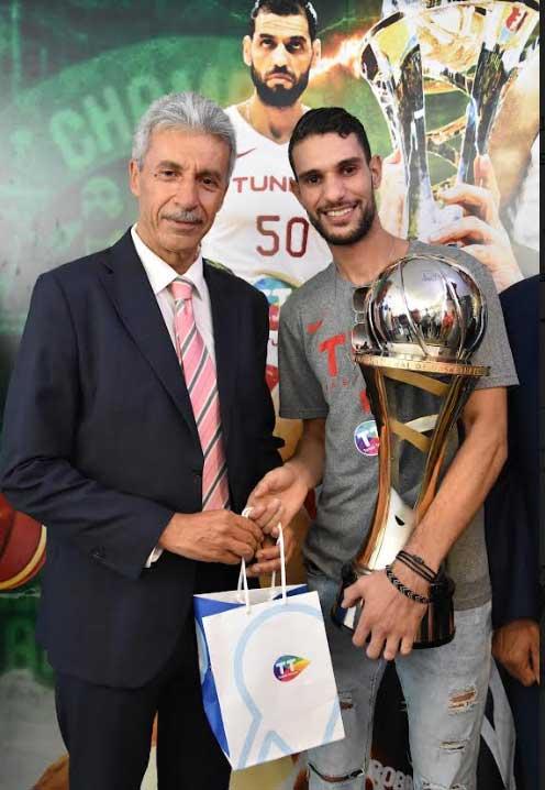 Tunisie Telecom 1 - اتصالات تونس المساند الرسمي الأول للرياضة التونسية تحتفي بالمنتخب الوطني لكرة السلّة