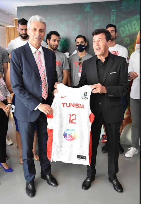 Tunisie Telecom 2 - اتصالات تونس المساند الرسمي الأول للرياضة التونسية تحتفي بالمنتخب الوطني لكرة السلّة